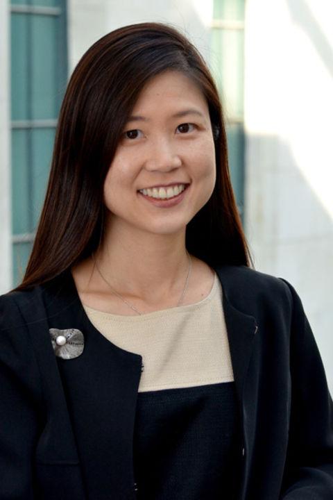 Dr. Kim Hahn