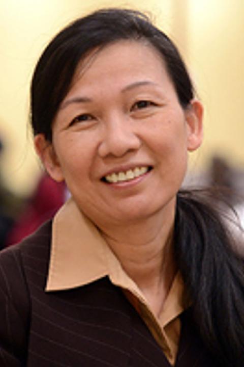 Marcia Lei Zeng headshot