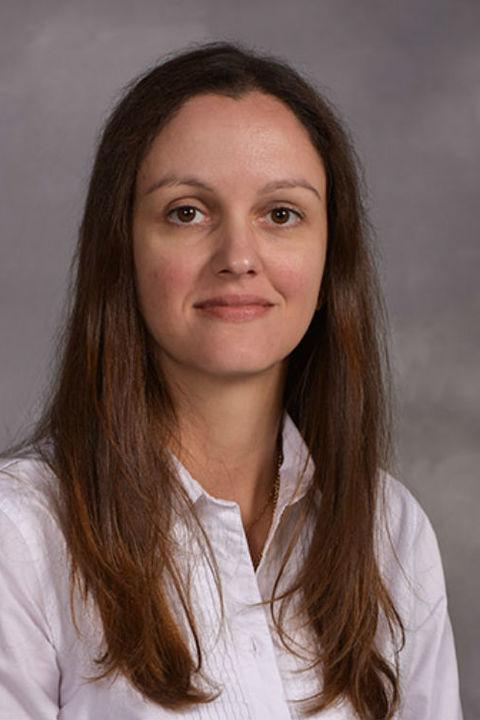 Dr. Bruna Mussoi