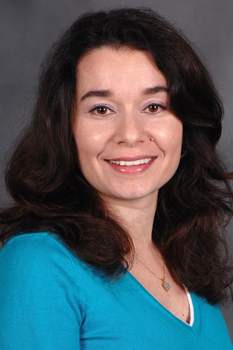 Photo of Elena Novak