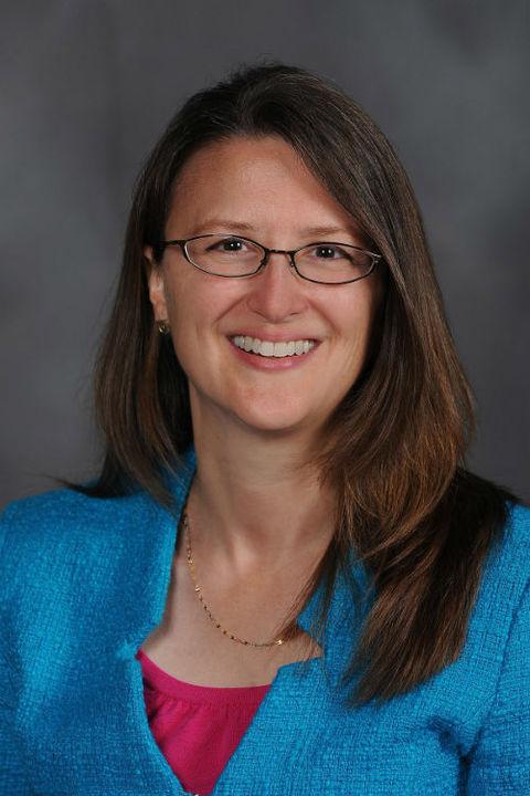 Dr Julie Nurnberger-Haag