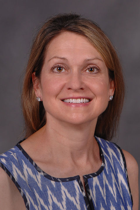 Photo of Amy Petrinec