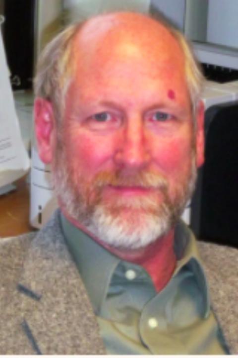 Timothy Owens Headshot