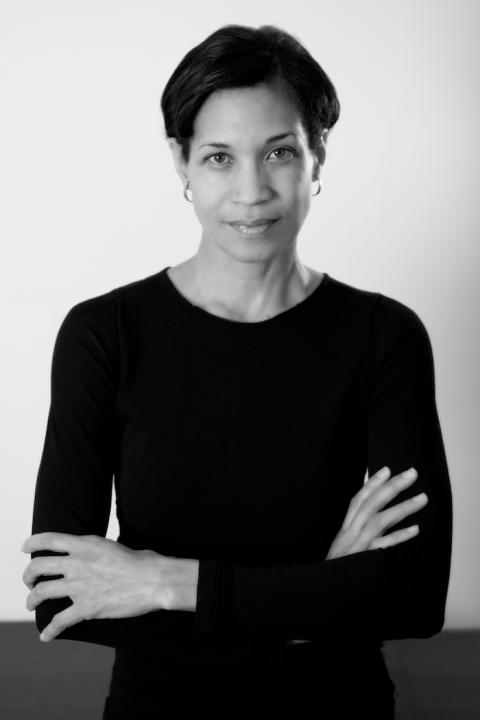 Diane Davis-Sikora Headshot