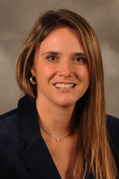 Photo of Jennifer Shanholtzer