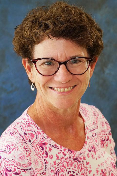 Photo of Elaine Thomas