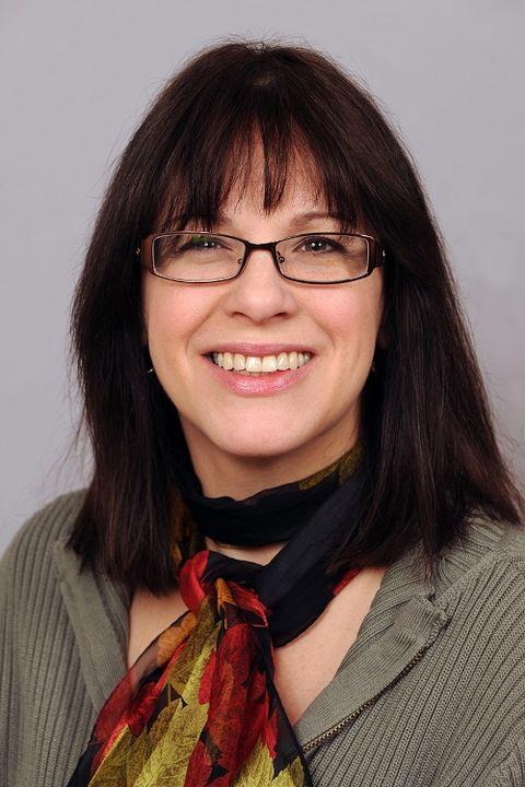 Therese Tillett