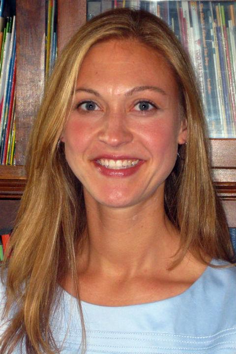 Dr Lisa Borgerding