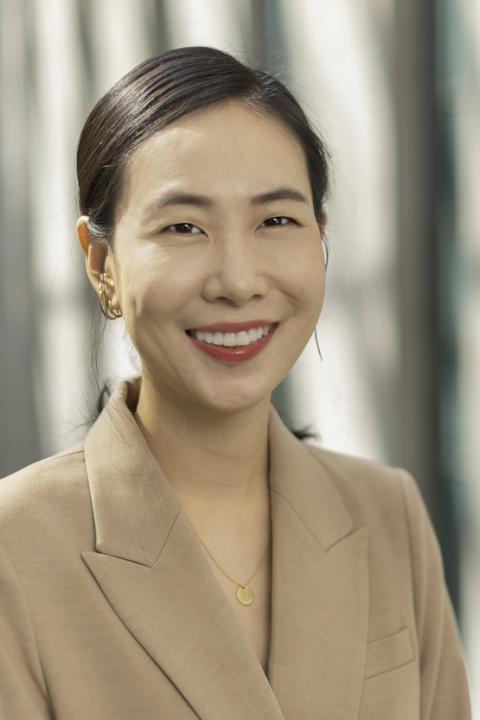 Ja Young Hwang