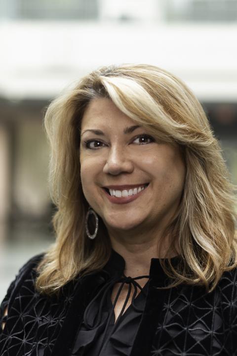 Lisa Valendza