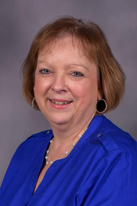 Head shot of Sheila Lyon