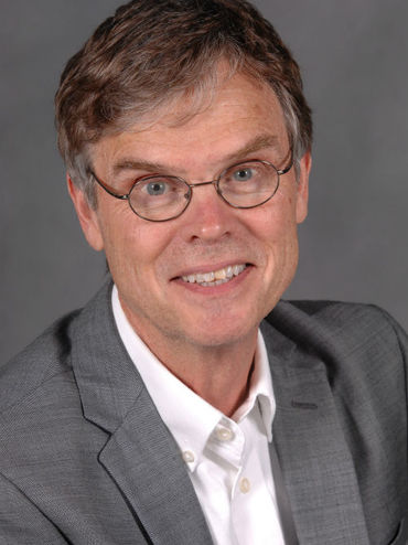Dr Philip J Bos Is Associate Director Of The Liquid Crystal Institute And A Professor In Chemical Physics Interdisciplinary Program At Kent State