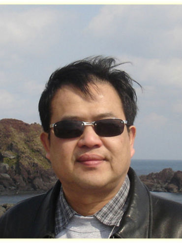 Dr. Jay Lee Headshot