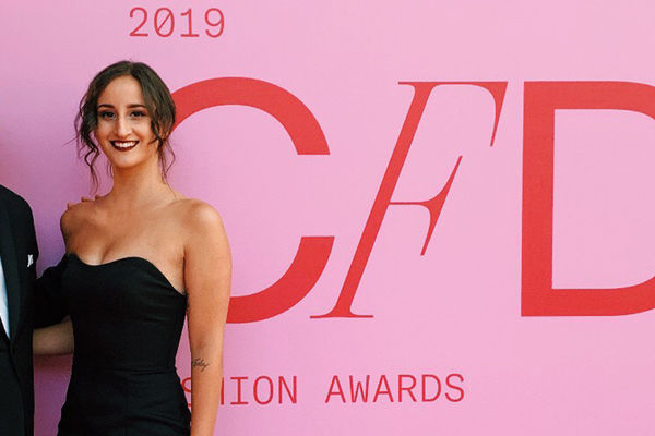 Sloan Fox pictured with Kenneth Cole at the 2019 CFDA Fashion Awards