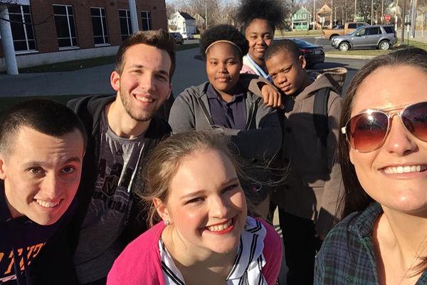 JMC students and Daniel E. Morgan students