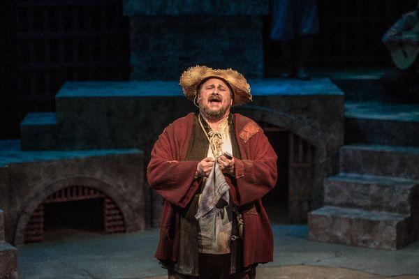 Assistant Professor Timothy Culver performs in Man of LaMancha.