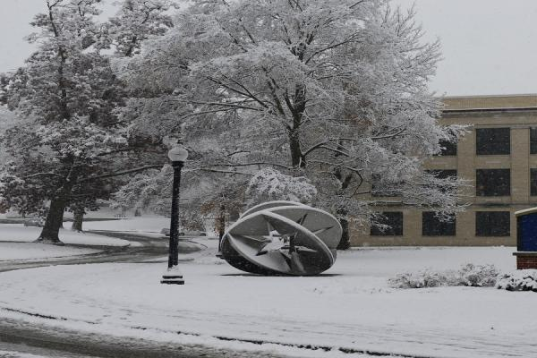 The Kent Campus looks beautiful on a snowy day.
