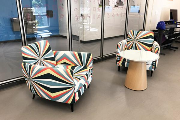 VCD Creative Lab Comfy Chairs