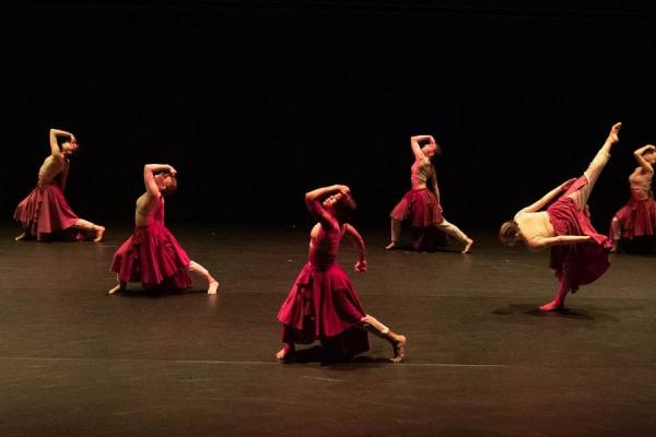 Kent State dance students