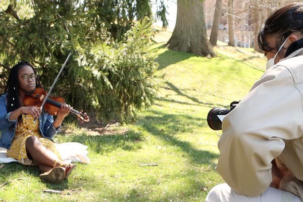 Student films violinist