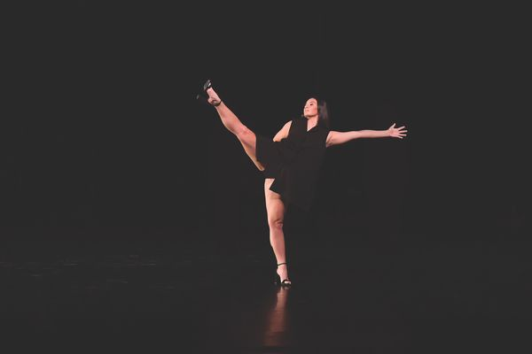 BFA dance candidate Claire Tilley performs