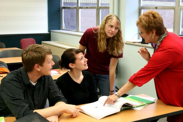 Patricia Grutzmacher and music education students