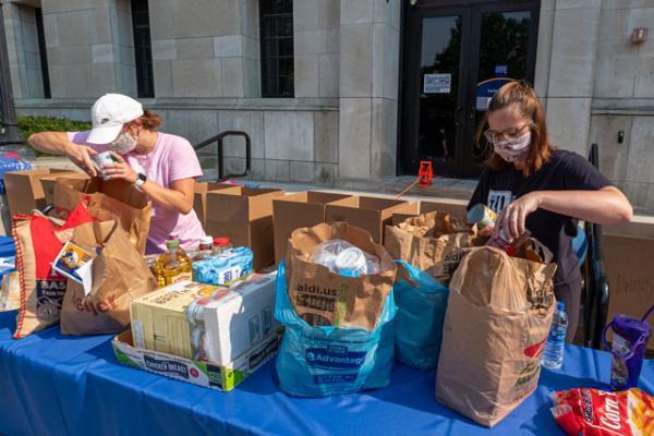 Campus Kitchen Food Distribution