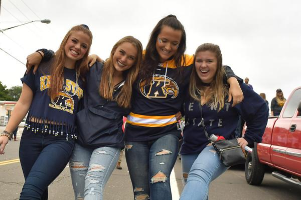 Friends in the Homecoming parade
