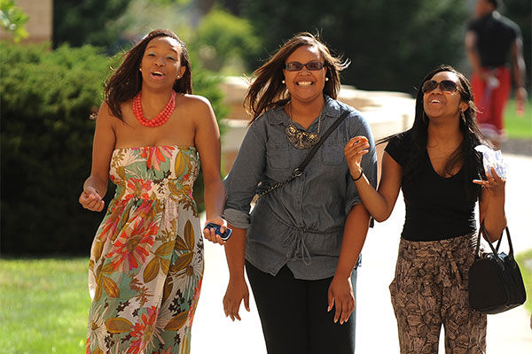 Three friends take a look around the Kent State campus for the first time on freshman move-in day.