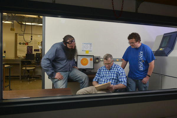 photo Applied Engineering Dr. Fisch et al